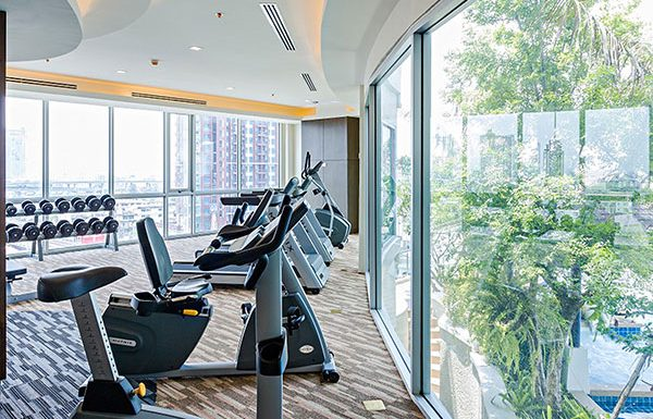 Sky-Walk-Condominium-Bangkok-condo-for-sale-fitness