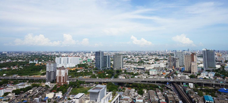 Skywalk-Bangkok-condo-2br-1