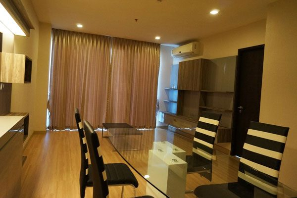 Skywalk-Bangkok-condo-2br-mini